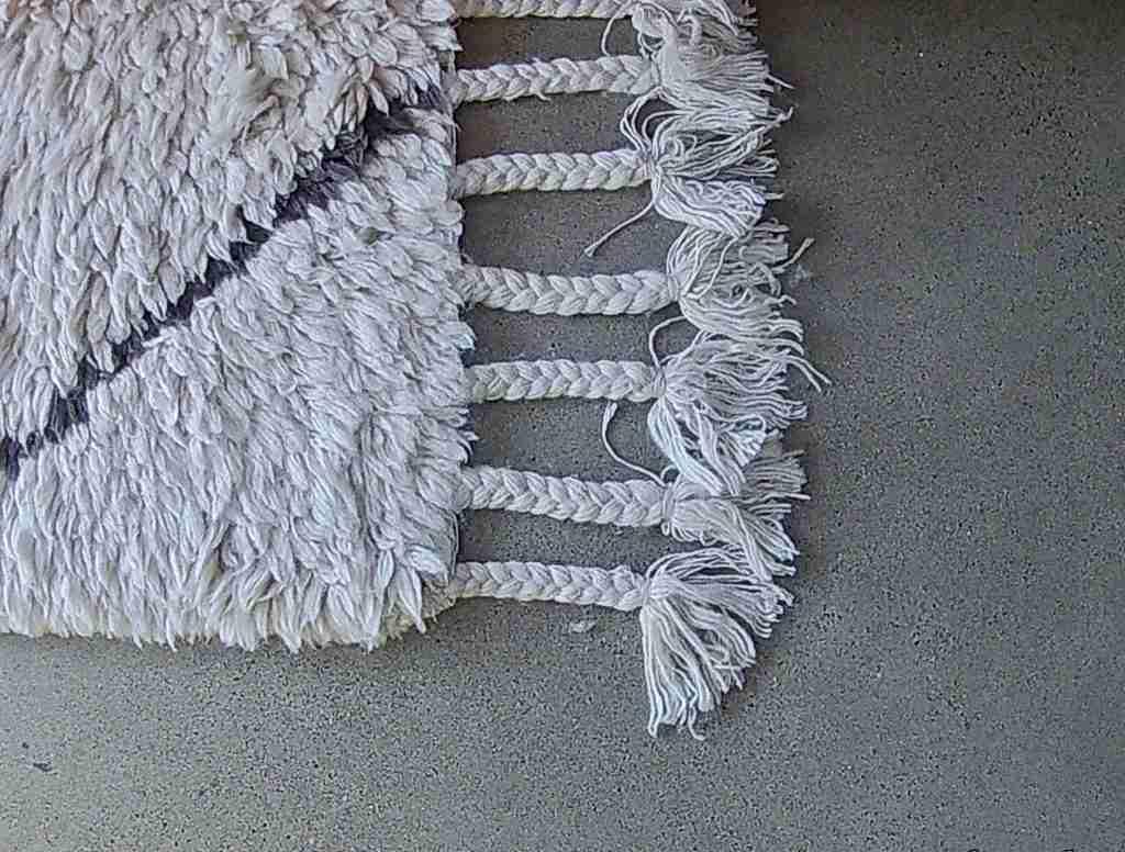 Roomy Home polished concrete floor Beni Ourain rug